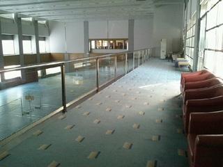 体育館の2階ギャラリー