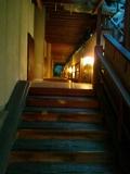 夜の露天風呂「森のこだま」への廊下