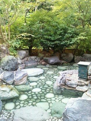 「御夢想の湯」の露天風呂「甌穴」