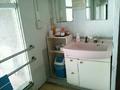 内湯の脱衣場の洗面台