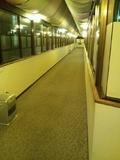 本館から東館への渡り廊下