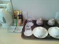 湯沸かしポットとお茶セット