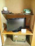 電話、テレビ、金庫