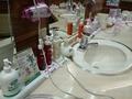 脱衣場の洗面台のアメニティ