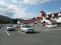 駐車場とクラブハウス