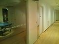 フィットネスルームの廊下