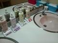 「卯の湯」脱衣場の洗面台のアメニティ