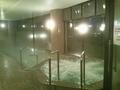 手前の大浴場の内湯