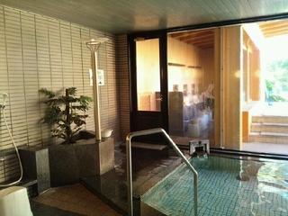 露天風呂への出入口