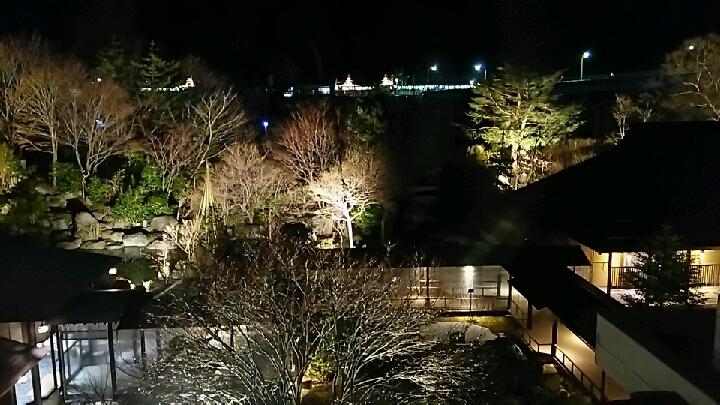 2階廊下からの夜景
