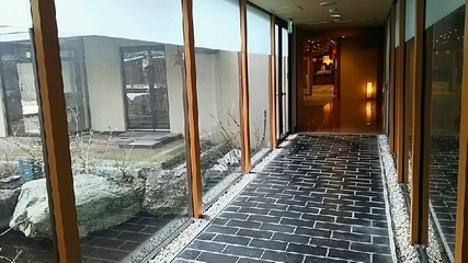 「かしきや」への廊下