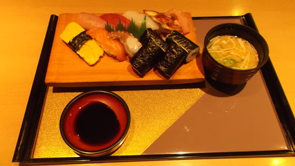 お寿司定食