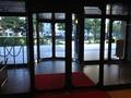 大きな入り口ドアです。