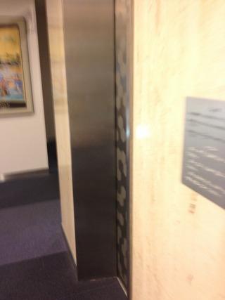 1F エレベーター写真です。