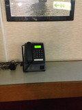 1Fに公衆電話があります。