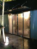 フロント入り口写真です。