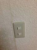 電気スイッチ写真です。