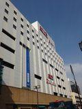 大森駅の横はデパートです。