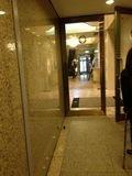 駐車場からホテルへの入り口です。