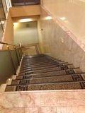 2Fからの階段です。