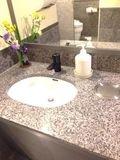 最上階トイレ 手洗い場 写真です。