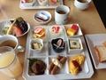 朝食は洋食定食か和食定食