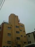 横から見たホテル