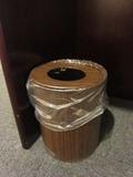 ゴミ箱が1つありました。