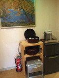 お茶セット、冷蔵庫