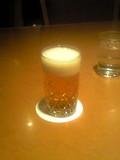 夕食のグラスビールです