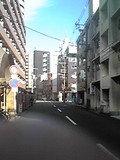 住宅街の中を少し歩きます