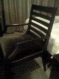 大きめな椅子です