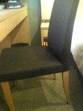 シンプルな椅子です
