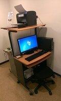 ロビーの無料PCです