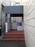 ホテル裏側入口