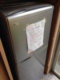 食堂の共同大型冷蔵庫
