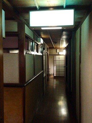 旅館1階の廊下