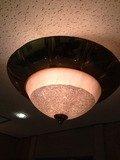 エレベーターホールの灯り