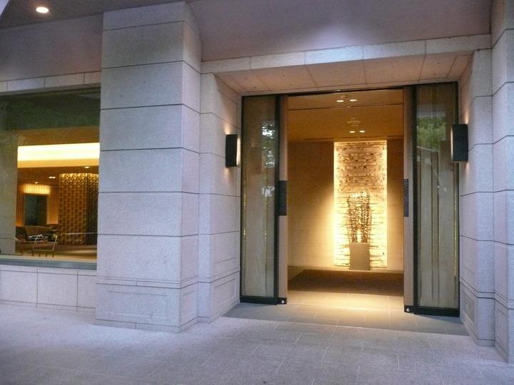 ザ・プリンスさくらタワー東京 正面玄関