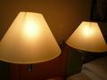 ベッドの横の照明
