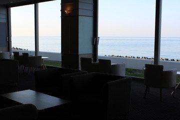 海を眺めながらコーヒータイム