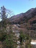 山にかこまれたのどかなところです。