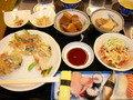 夕食はバイキング形式で沖縄料理堪能。