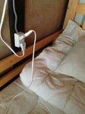 各ベッドにコンセント有