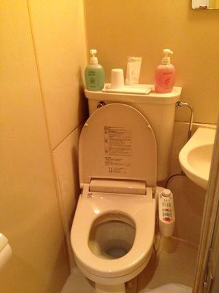 洗浄器付きトイレ