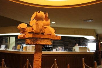 フロント前の木工作品