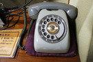 客室のレトロ電話機