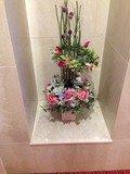 階段踊り場の花