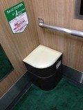 エレベーター内の椅子