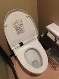 バスタブ無しシングルルームのトイレ個室